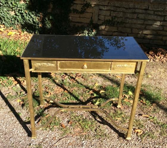 Vintage display table