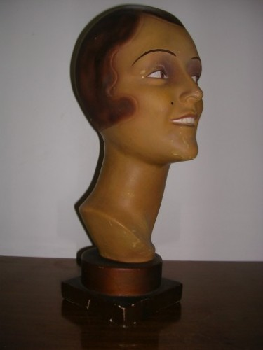 Head bust hat display