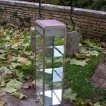 Art déco vertical display case