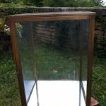 Rotating vintage display case